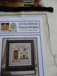 2 petites broderies pour la chance en 2012 !! SAM_8041-224x300